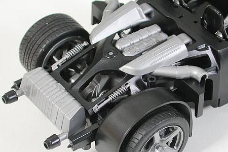 Автомобиль Porsche Carrera GT