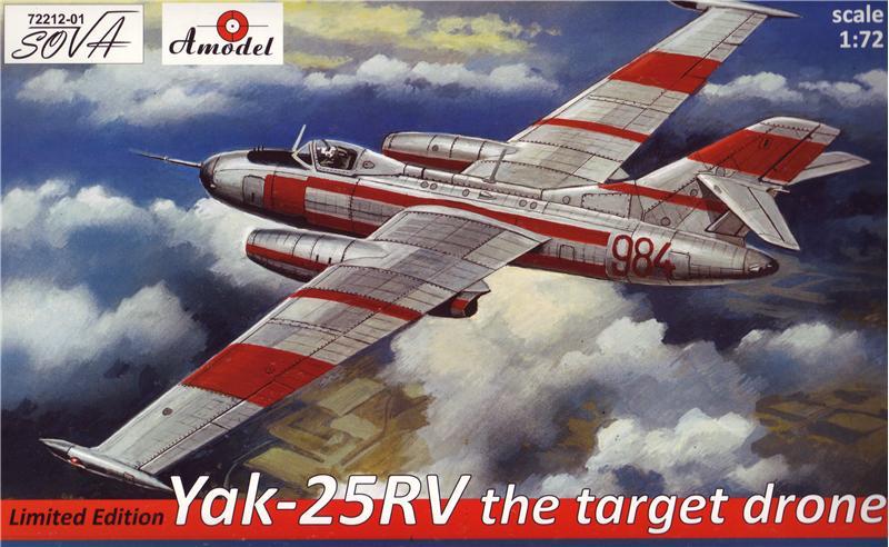 Сборная стендовая модель самолета Яковлев Як-25РВ Amodel 7221201