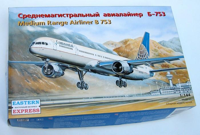 Cреднемагистрального авиалайнер Б-753 Eastern Express 14426