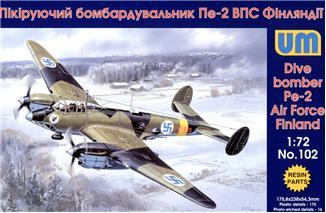 Пикирующий бомбардировщик Пе-2 ВВС Финляндии Unimodels 102