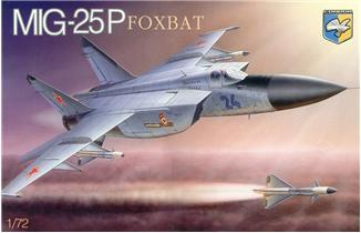 Mig-25P 'Foxbat' Soviet interceptor ( 23, 1 см ) Condor 7212