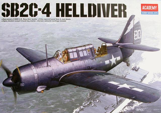 Бомбардировщик SB2C-4 «Хеллдайвер» Academy 12406