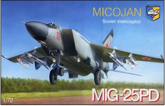 Советский перехватчик МиГ-25ПД ( 30 см ) Condor 7216