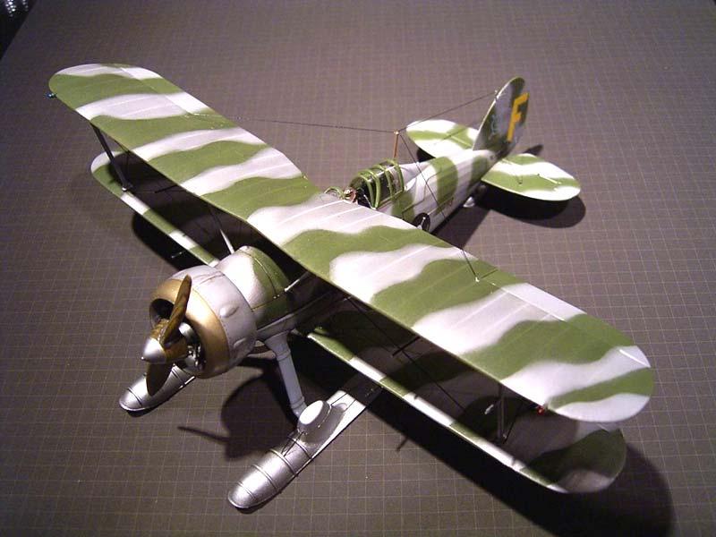 Истребитель-биплан Gloster Gladiator Mk. II Roden 401