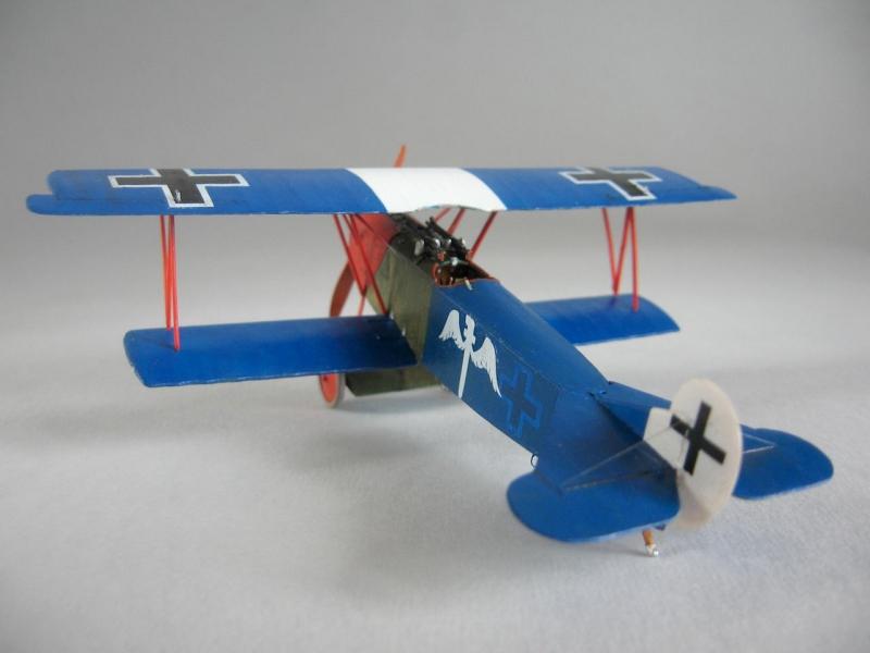 Германский истребитель-биплан Fokker D.VII early Roden 025