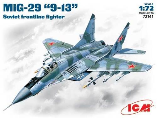 Cоветский фронтовой истребитель МиГ-29 ICM 72141