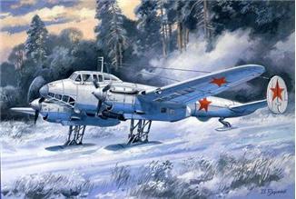 Пикирующий бомбардировщик Пе-2 серия 55 (лыжная версия) Unimodels 104