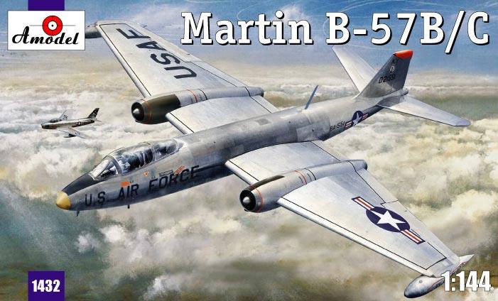 Бомбардировщик Martin B-57B/C Amodel 1432