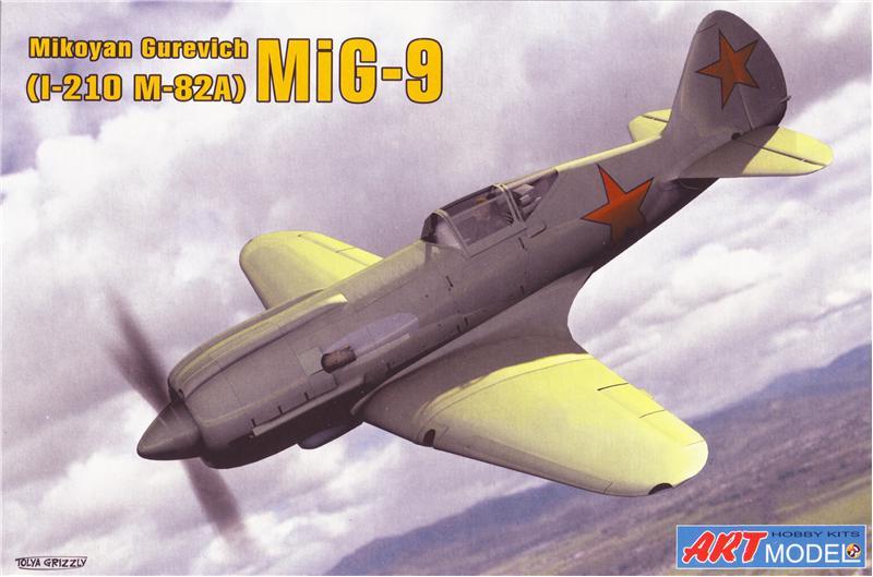 Пластиковая модель советского самолета Миг-9 (И-210) Art Model 7207