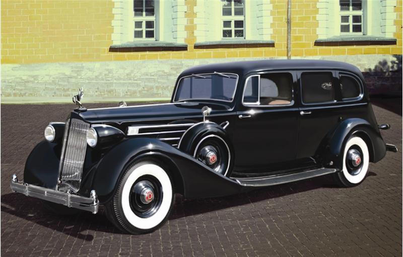 Автомобиль советского руководства II МВ (Модель 1936) c пасажирами ICM 35535