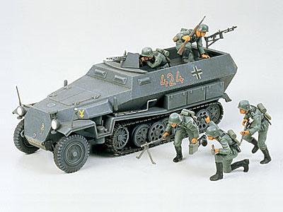 Немецкий колесный БТР Hanomag Sd.Kfz. 251/1 Tamiya 35020