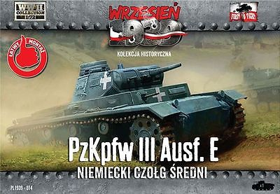 Танк PzKpfw III Ausf.E First To Fight 014