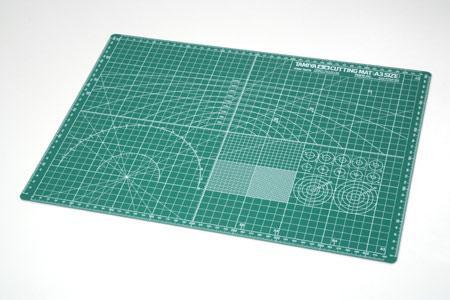 Лист формата А3 с лекалами для вырезания деталей Tamiya 74076