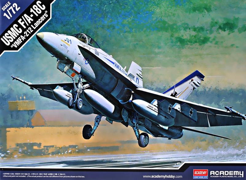 Истребитель-бомбардировщик F/A-18C ''Hornet'' Academy 12411