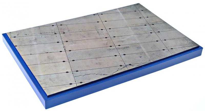 Подставка для моделей авиации. Тема: Стоянка самолета, старая бетонка (280x180 мм) DAN models 72270
