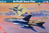 Истребитель-бомбардировщик Су-17 ''Recon Fitter''