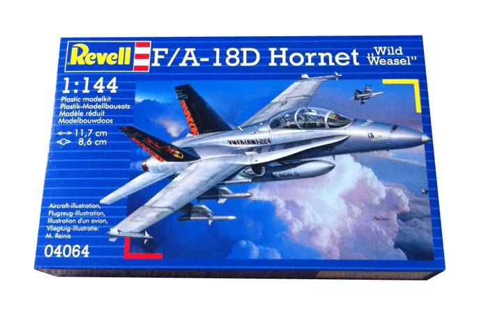 Учебно-боевой самолет F/A-18D Wild Weasel Revell 04064