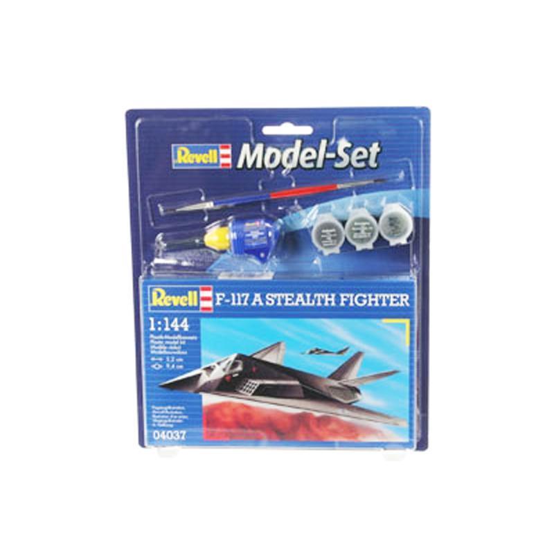 Подарочный набор с самолетом F-117 Stealth Revell 64037